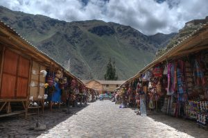 Ollantaytambo Market photo by Scott Ableman