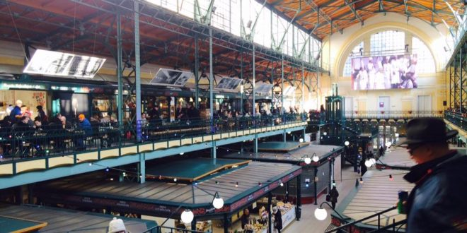 Downtown Budapest Market Hall Hold Utca Street
